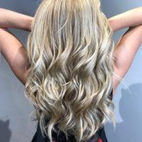 Очаровательные блонды предпочитают не только джентльмены
